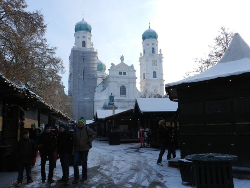 large_6510339-Advent_in_Passau_Passau.jpg