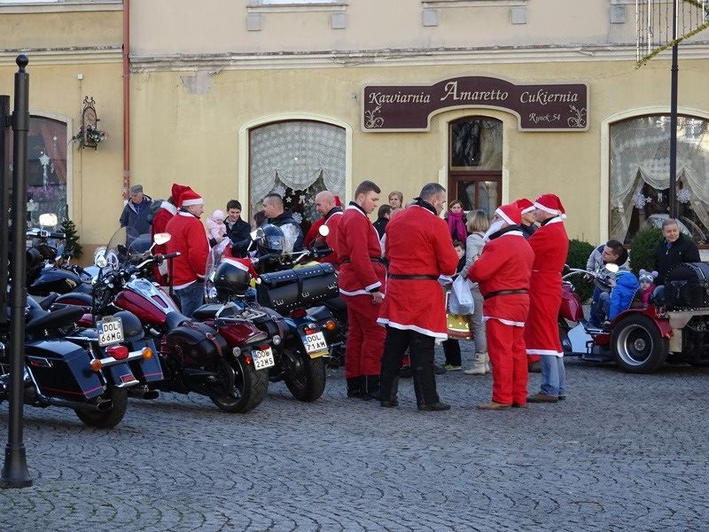 large_666847827542052-Santa_Clause..e_Olesnica.jpg
