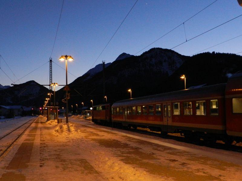 large_6772116-Trains_Mittenwald.jpg