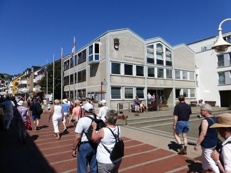 large_6789502-Town_hall_Helgoland.jpg