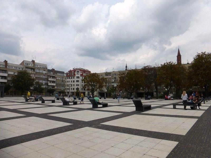large_7177361-Nowy_Targ_Wroclaw.jpg