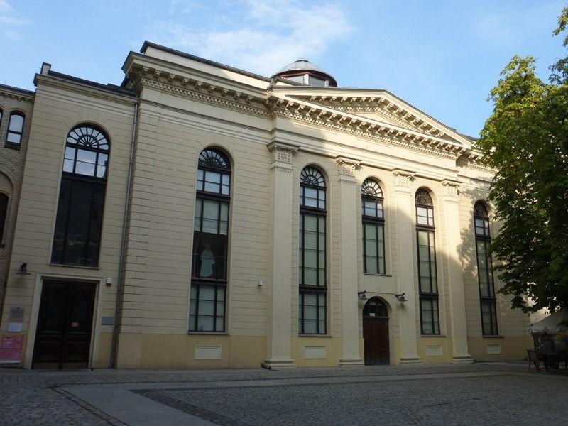 large_7179124-Synagogue_Wroclaw.jpg