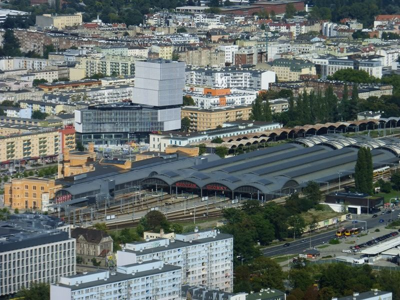 large_7179565-Station_seen_from_Skytower_Wroclaw.jpg
