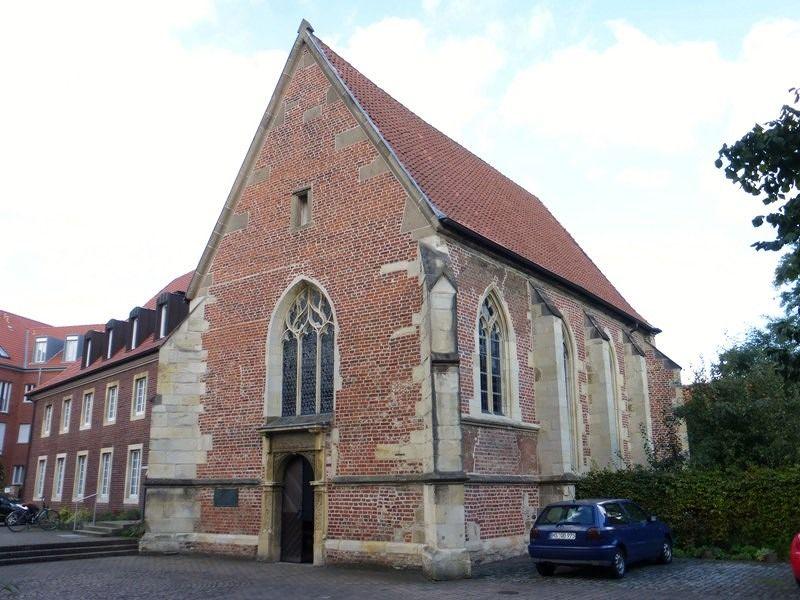 large_7485290-Protestant_Chapel_of_St_John_Muenster.jpg