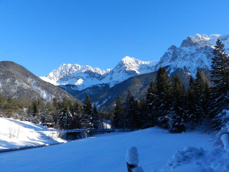 large_883170446771554-Karwendel_sh..Mittenwald.jpg