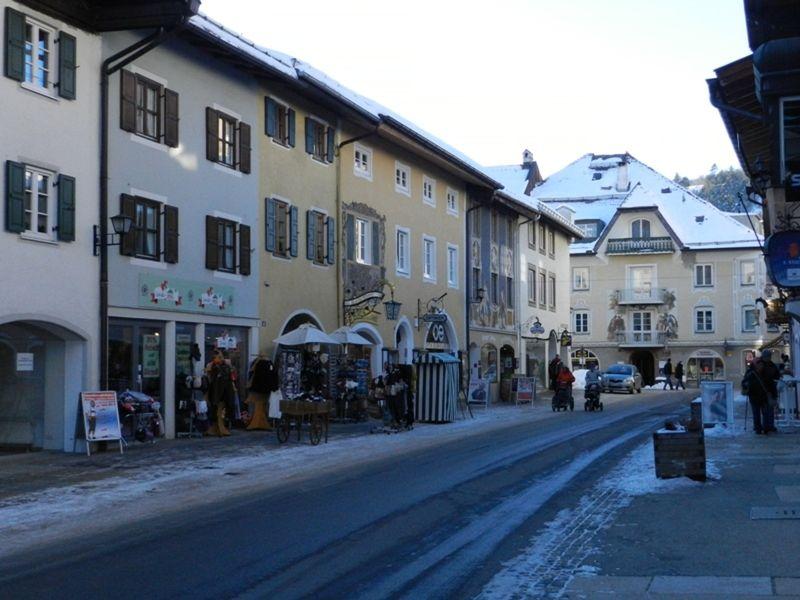 large_977678866771492-Winter_Eveni..Mittenwald.jpg