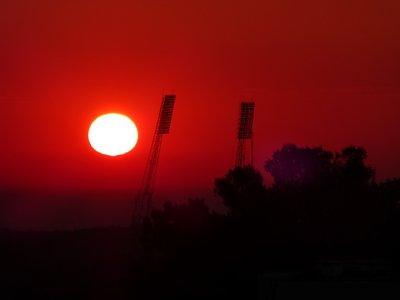 sunrise2208_2.jpg