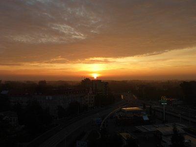 sunrise3108_1.jpg