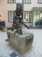 11941305077001-The_Witch_Gu..h_Fountain.jpg