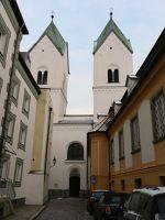 236507846753363-Niedernburg_..ela_Passau.jpg