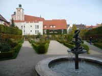250128234997886-Garden_and_f..Ingolstadt.jpg