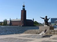329987597079447-Evert_Taubes.._Stockholm.jpg