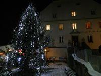 380574656464893-Christmas_Ma..Regensburg.jpg
