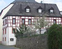 4016590-Half_timbered_house_Zeltingen_Rachtig.jpg