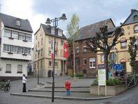 4071092-Square_in_Traben_Traben_Trarbach.jpg
