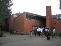 4194223-Pax_Christi_catholic_church_Krefeld.jpg
