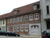 43009384528212-Houses_in_Sc..r_Schwerin.jpg