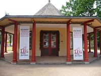 4532532-The_Chinese_Pavillons.jpg