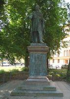 4579137-Bluecher_monument_Rostock.jpg