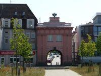 4579233-Moenchentor_Rostock.jpg