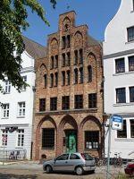 4579286-Hausbaumhaus_Rostock.jpg