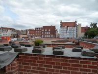 4579682-View_into_nave_and_choir_Wismar.jpg
