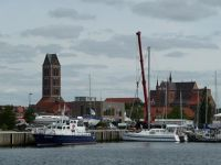 4579733-Old_harbour_basin_and_churches_Wismar.jpg