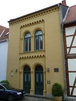 4581908-House_of_the_Freemasons_Schwerin.jpg