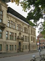 4587159-Facade_of_the_old_wing_M252nster.jpg