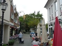 4909874-Werdens_Cappuccino_Strip_Essen.jpg