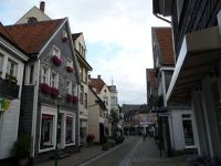 4910585-Main_street_of_old_Kettwig_Essen.jpg