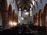 4918282-Catholic_church_interior_Gernsbach.jpg