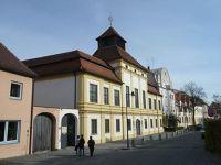 4997883-The_Old_Anatomy_Ingolstadt.jpg
