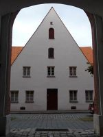 5000684-Houses_of_an_Old_Town_Ingolstadt.jpg