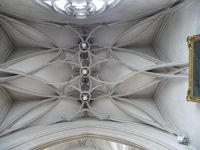 5024347-Vault_of_a_side_chapel_Ingolstadt.jpg