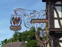 5083643-Walksches_Haus_inn_sign_Weingarten.jpg