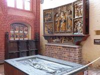 517748244579532-Medieval_alt..pel_Wismar.jpg