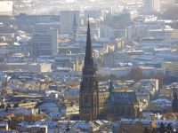 6457977-New_cathedral_Linz.jpg