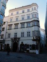 6457981-Old_Town_Linz.jpg