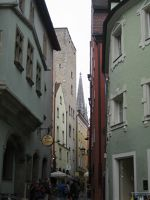 6467473-Medieval_Tower_Houses_Regensburg.jpg
