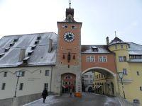 6469705-Brueckenturm_Regensburg.jpg