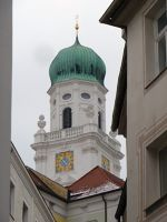 6581046-Dom_The_Cathedral_Passau.jpg