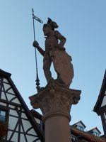 6744174-Marktbrunnen.jpg