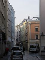 6753527-Street_views_in_the_Old_Town_Passau.jpg