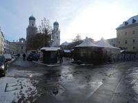 6754059-Domplatz_Passau.jpg