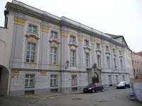 6754060-Domplatz_Passau.jpg