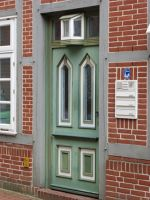 6796833-A_Collection_of_Doors_Stade.jpg