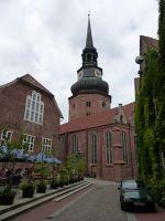 6804984-Church_of_St_Cosmae_et_Damiani_Stade.jpg