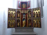 6804993-Altar_of_St_Gertrud_Stade.jpg