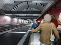 7079468-Tunnelbanen_stations_Stockholm.jpg